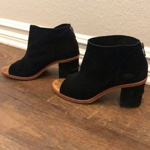 UGG black suede open toed booties
